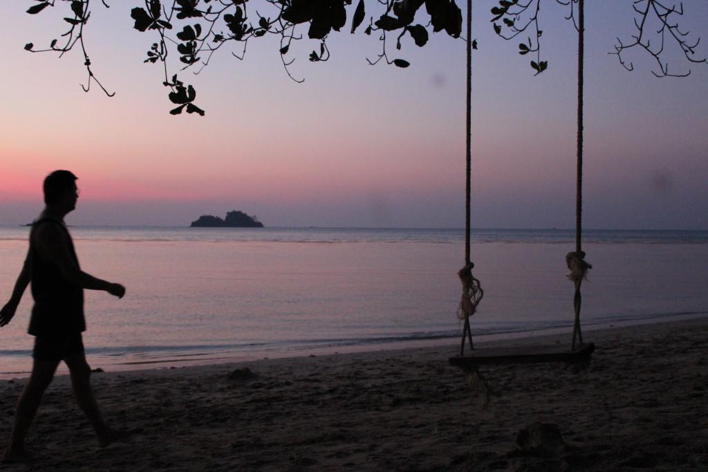 вечер на пляже