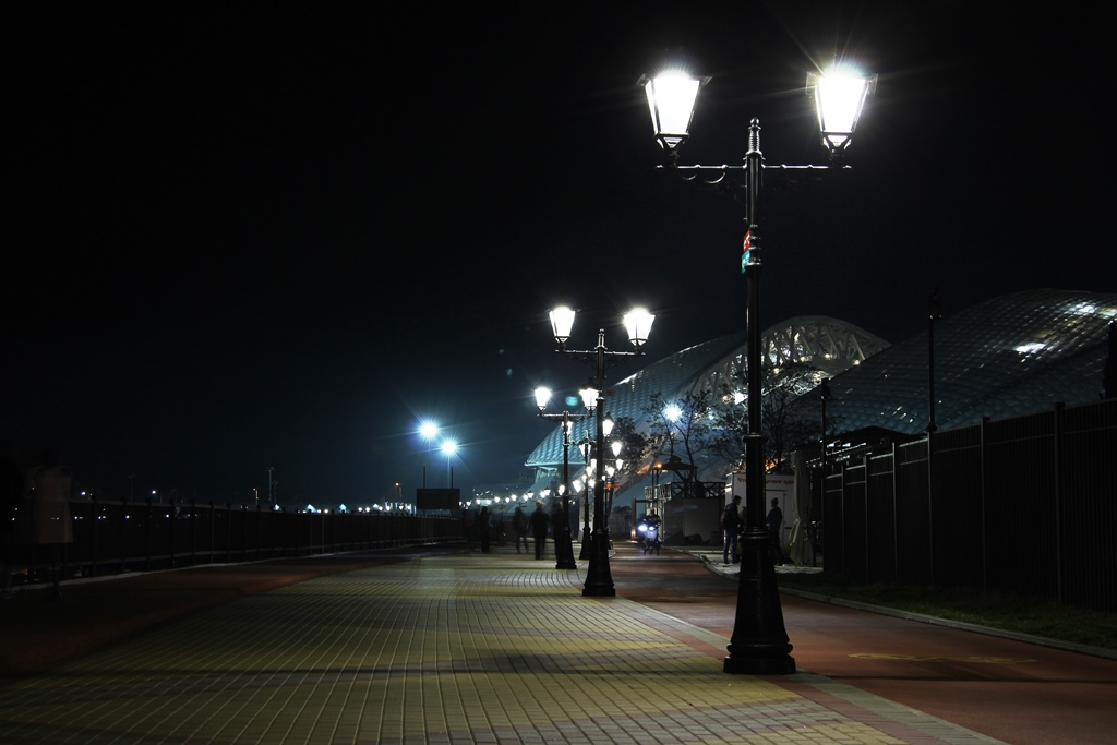 набережная ночью