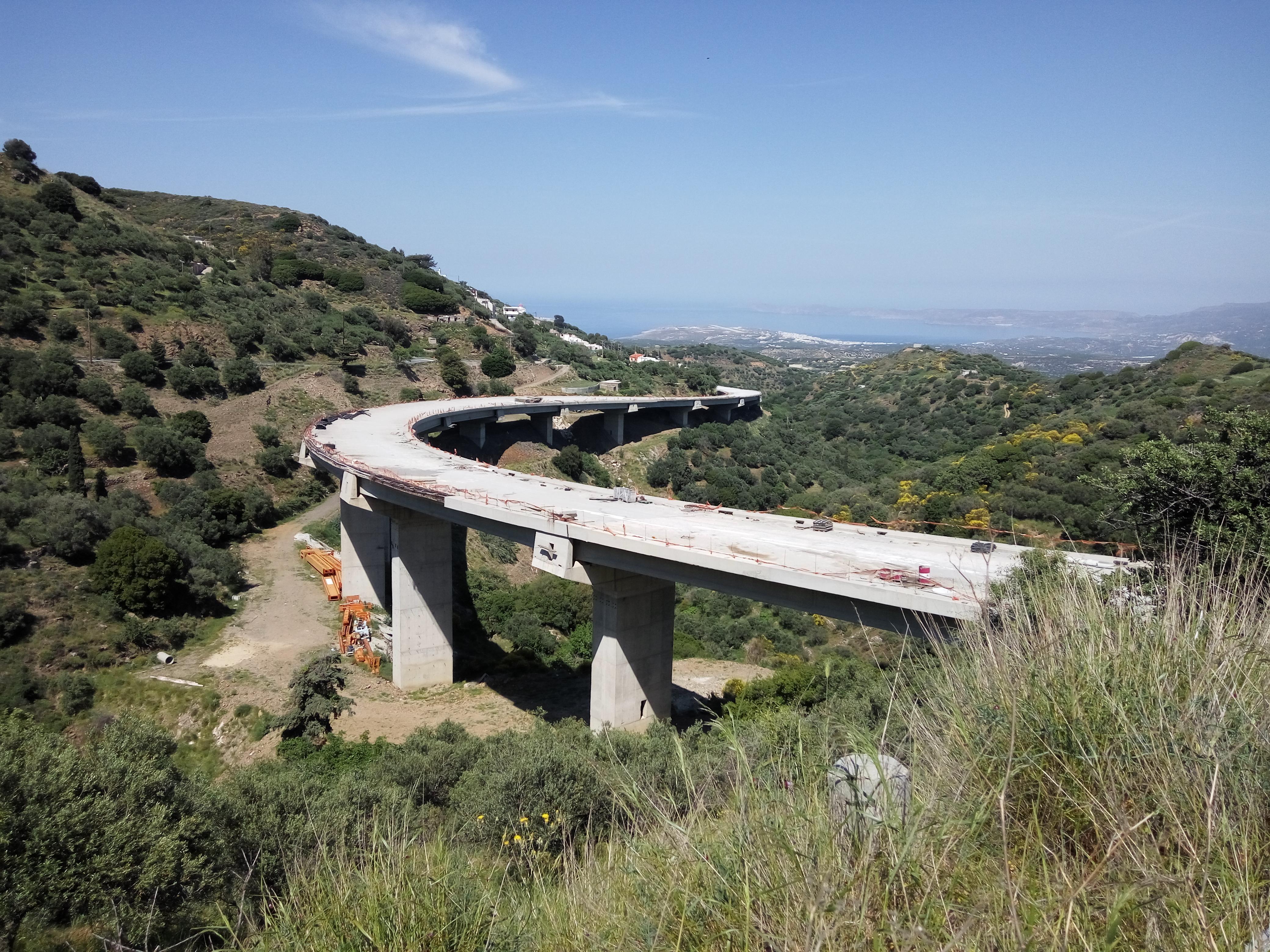 новая дорога на Крите, строительство магистрали.